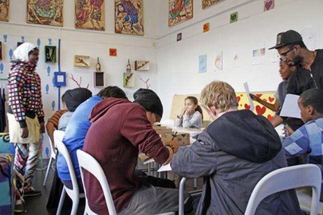 Barn och unga ställer ut i Limpos ateljé på Seved